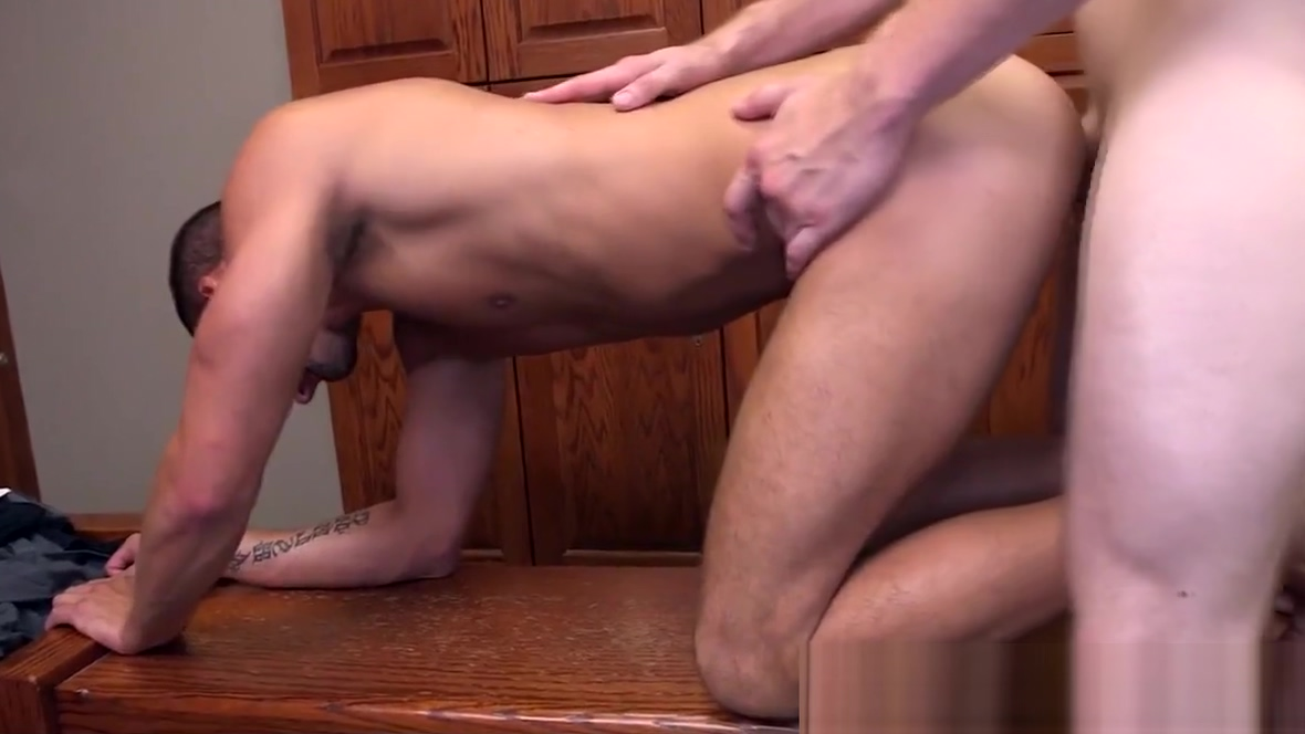 Gym jock doggystyled after workout Pussy squirting pics