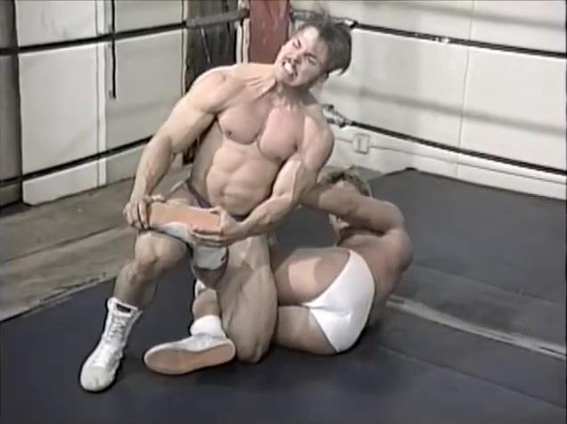 Hot Wrestling Men:Sterling vs Flyboy Indian Sex Shooting