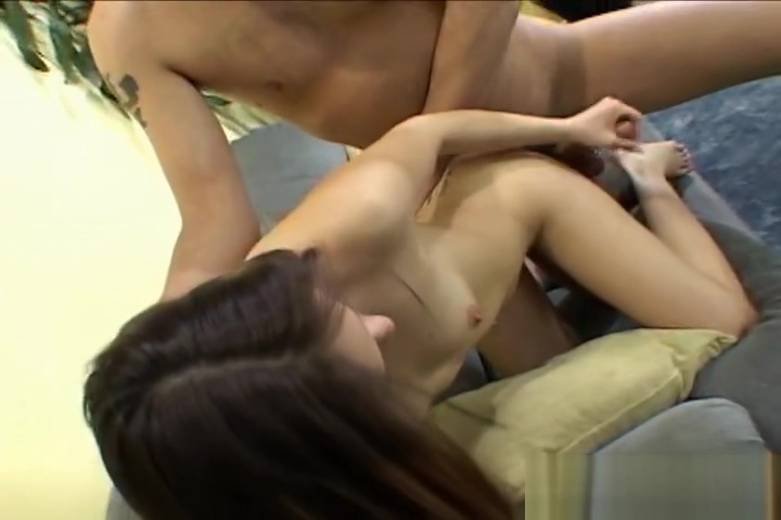 Cute Latina Samantha gives a good Handjob Teen sex hardcore suck