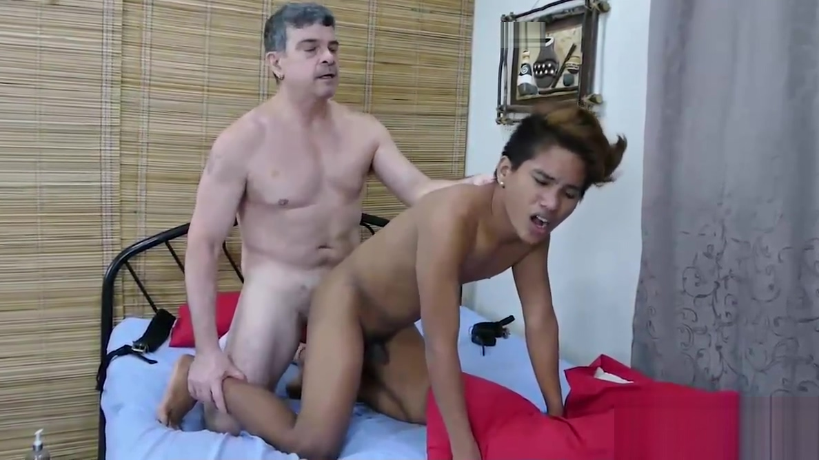 Daddy Barebacks Asian Twink Russel What not to do when dating a gemini man