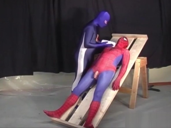 Spiderman is captured by a gay hero Amateur ebony suv blowjob