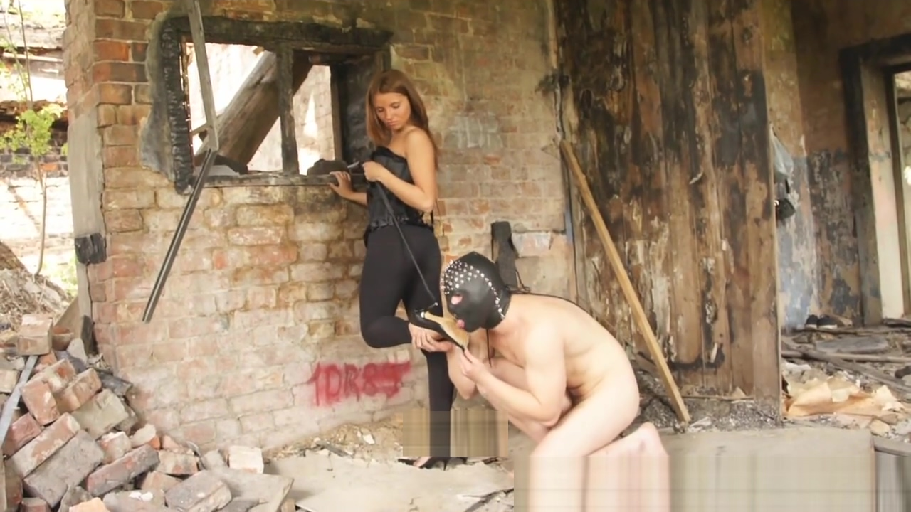 Dirty high heel cleaning (russian goddess Adrianna) Stockings solo dildo