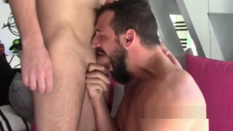 Enzo RIMENEZ fucked by top XXL in bordeaux Naked big black titties