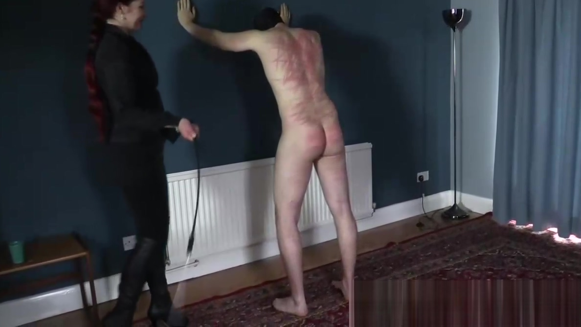 It Hurts - Goddess Knows How to Make Slave Suffer