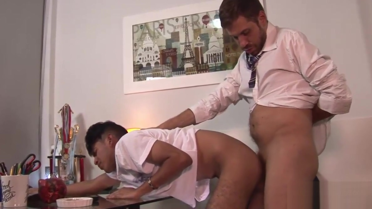 Daddy Andres Barebacks Young Allen hot cum on face