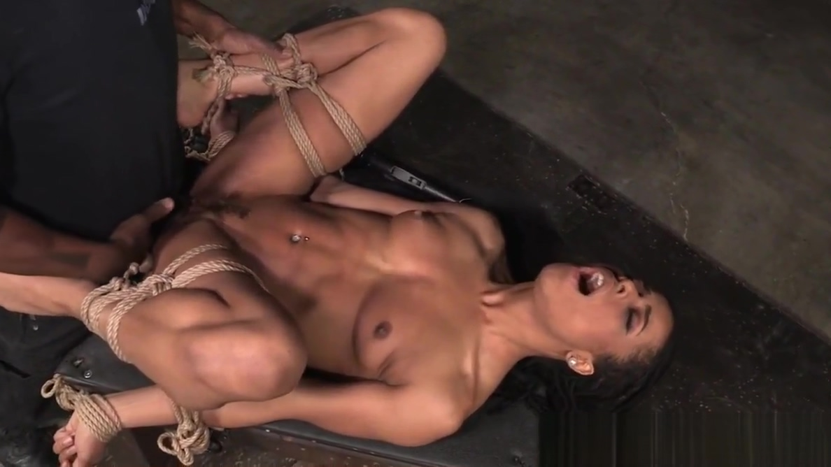 Office bdsm sub deepthroats maledoms bbc Dating rules from my future self izle