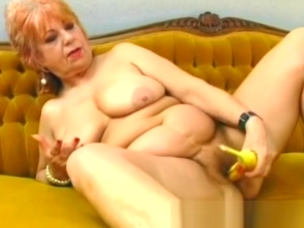 Chubby mature stuffed a banana inside her pussy Pinky getting fucked in the butt