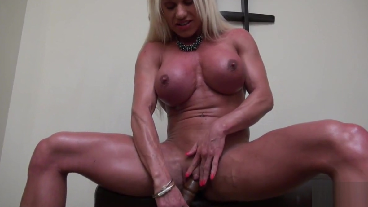 Naked Female Bodybuilder Ashlee Chambers Big Clit Musterbating girl squrts gif