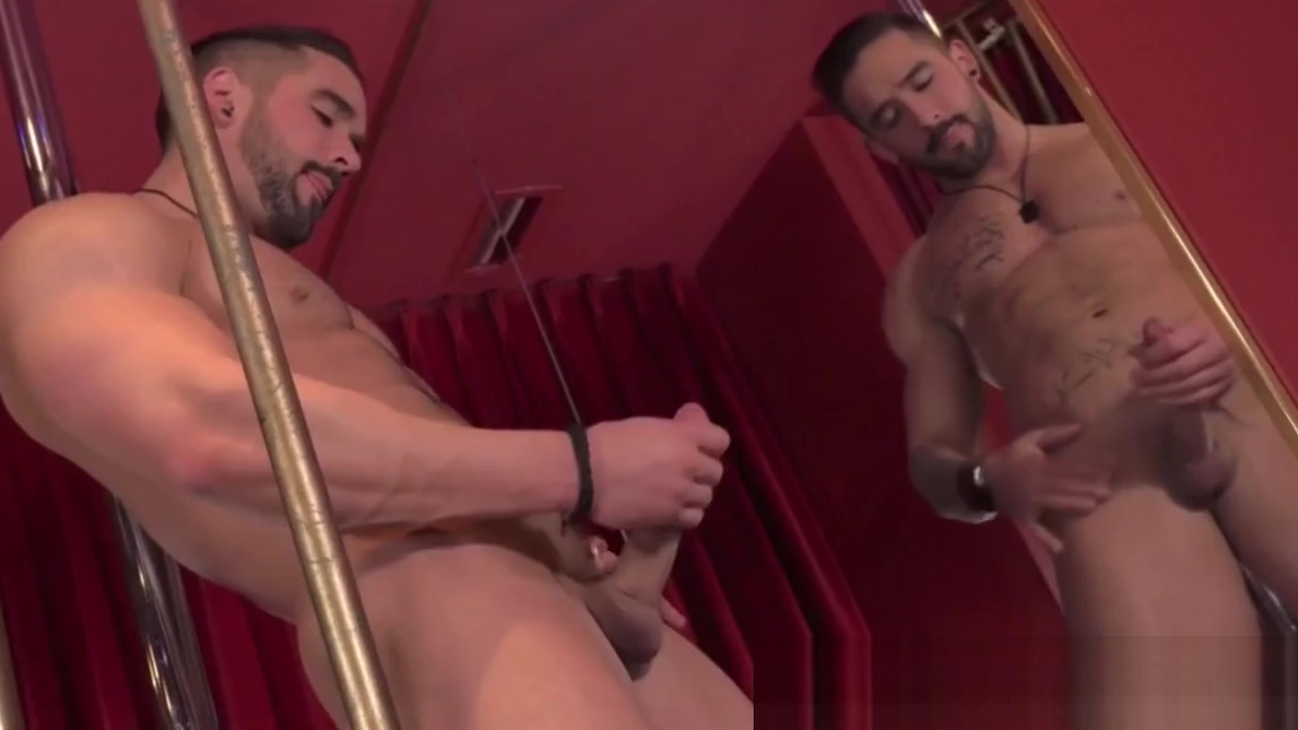 Homo beauty Zack Lemec shows off hunk body in striptease Interracial white man