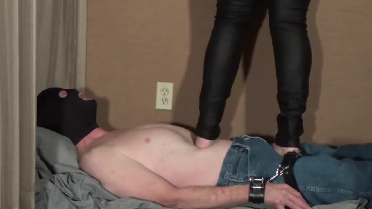 6 ft. 225 lb. Amazon Tramples Slave Www black attack gangbang