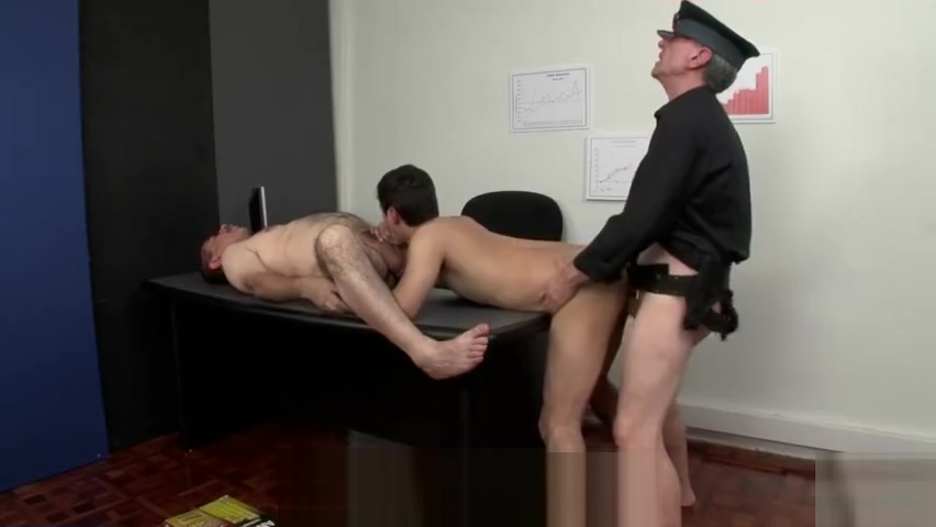 old cops young office Brunette italian handjob penis and anal