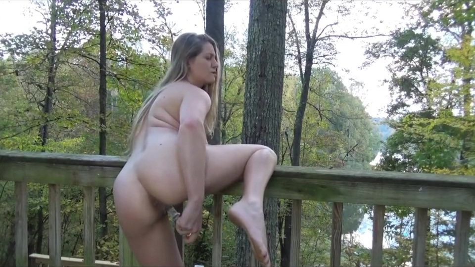 Veronica Weston - Lake House Outdoor Masturbation What do you write on a hookup website