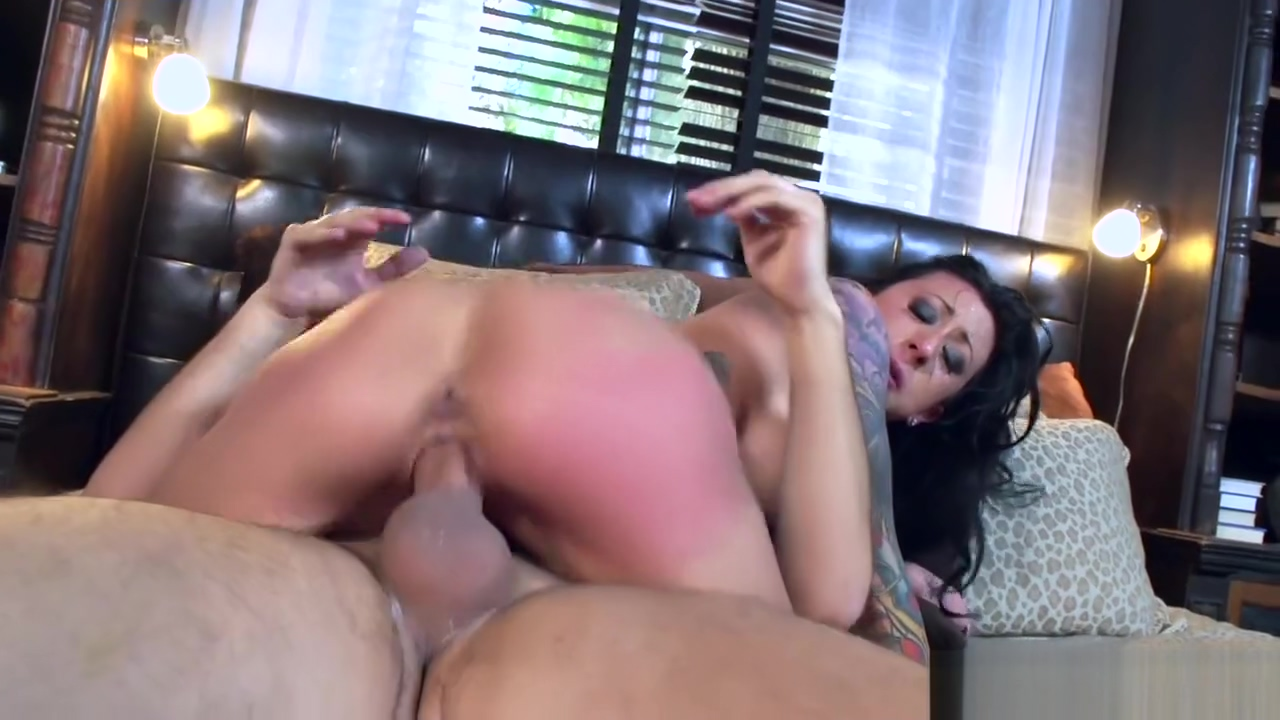 Inked slut Lily Lane loves cock - Brazzers