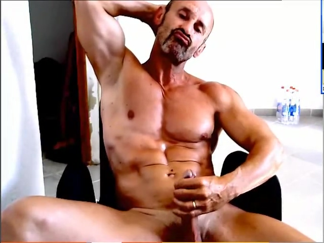 GAY MUSCLE DADDY DRIPS HIS LOAD Hot sex amrika womens