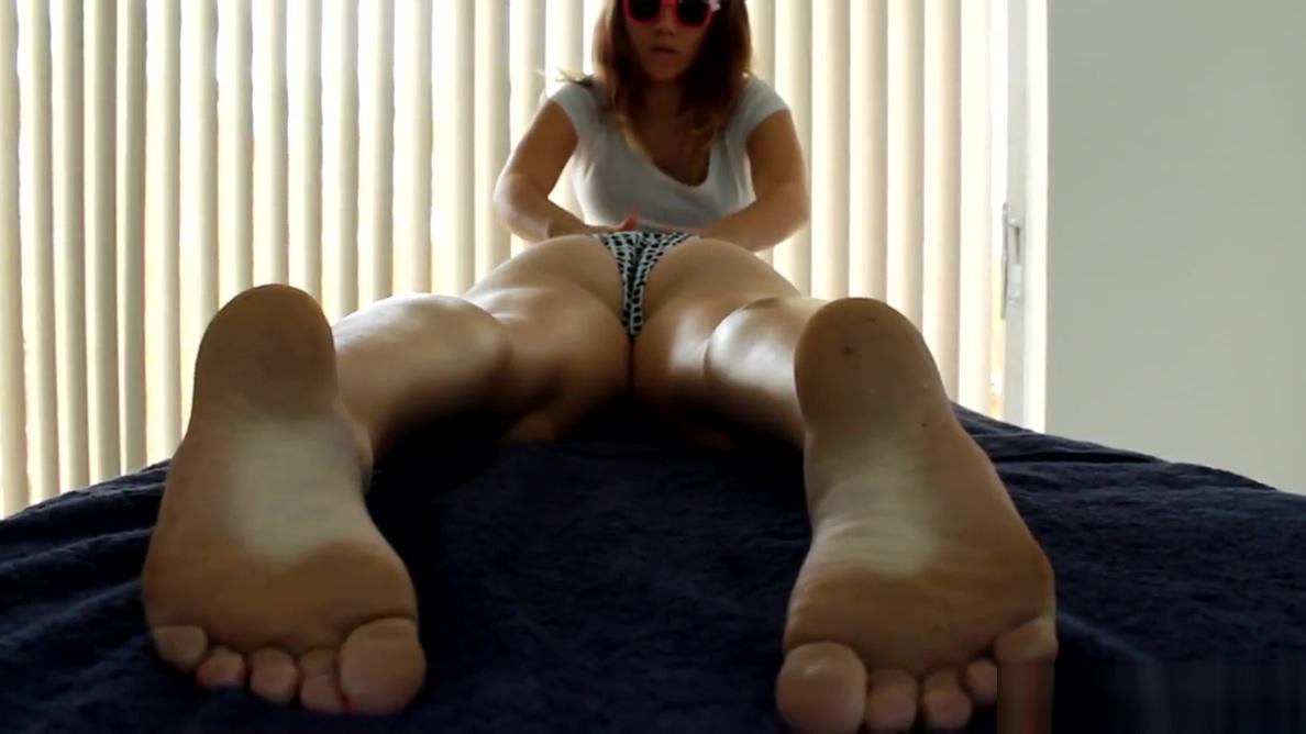 Lesbian Massage: Big Butt Girlfriend porn and porn tube