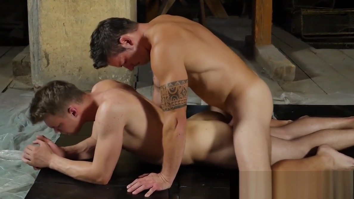 Sexy Rado Zuska and strong Justin James barebacking well So Big Dick Oh My God