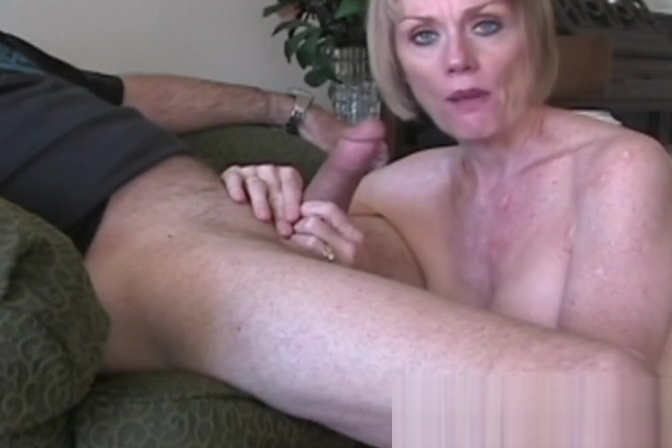 Funky Blowjob Amateur GILF Facial Mature black woman in pantyhose gets fucked