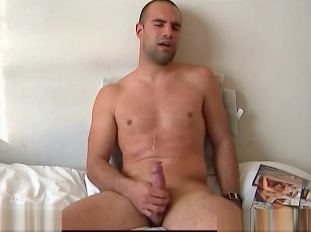Full video: A nice innocent str8 guy serviced his big cock by a guy! Katrina kaif milk sex