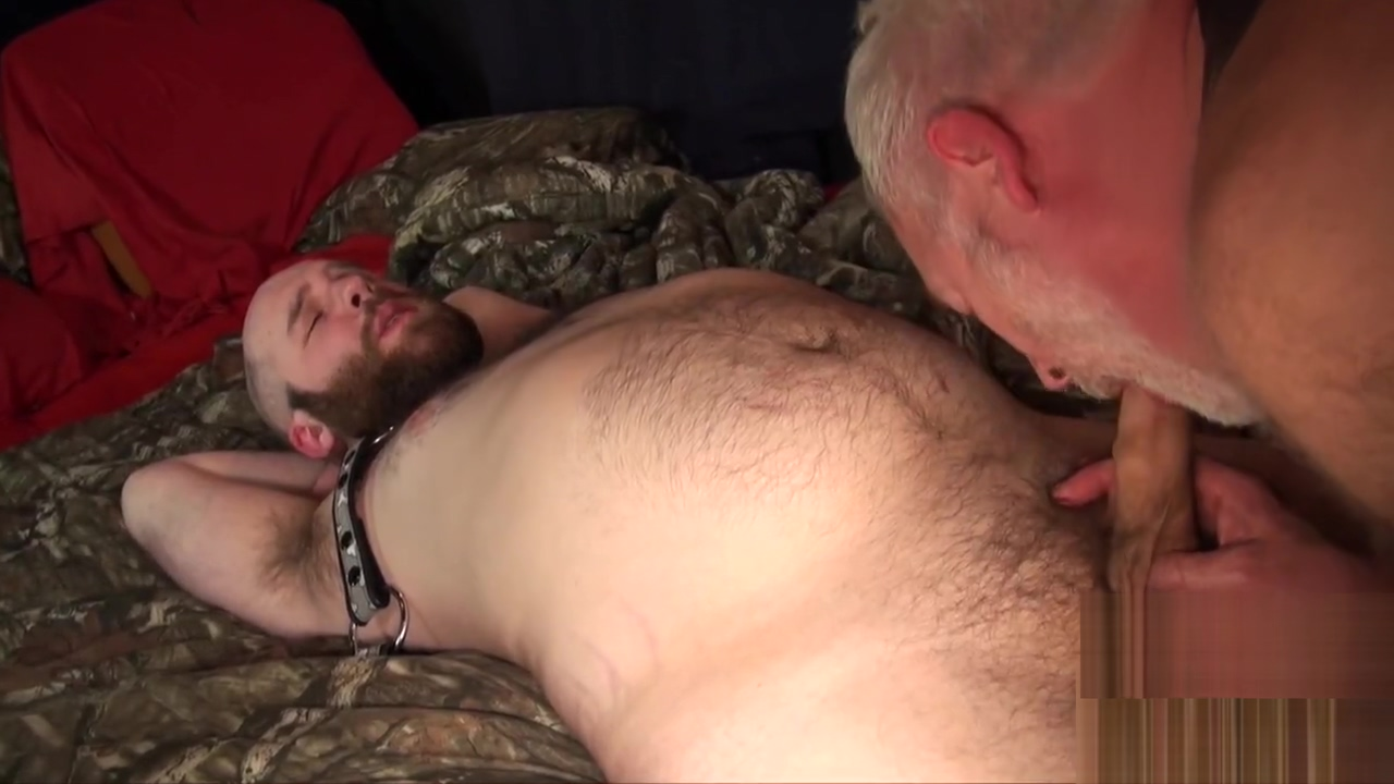 Chubby ginger groans by daddys raw cock Smiling blow job video