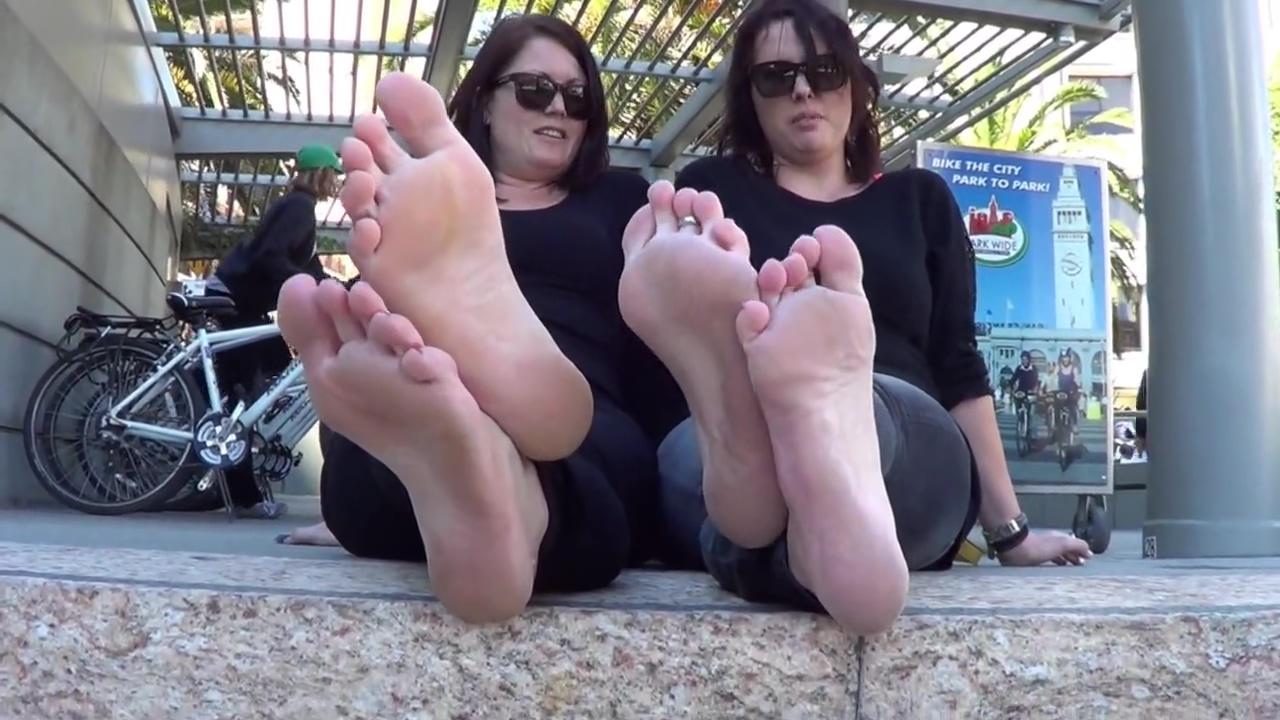 Tourist (oz/nz) double soles show! Indian actrees rajalaxmi maya boob photo
