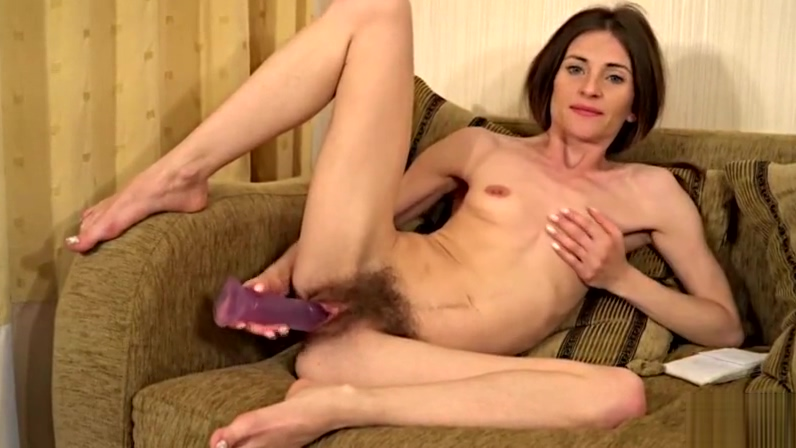 Hairy MILF Olivia Arden from AllOver30 Hairy pussy newzeland women