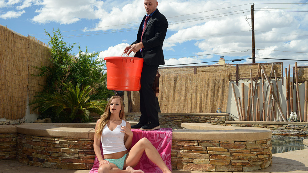 Jillian Janson & Johnny Sins in Naughty Rich Girls Xxx Phodi Girls
