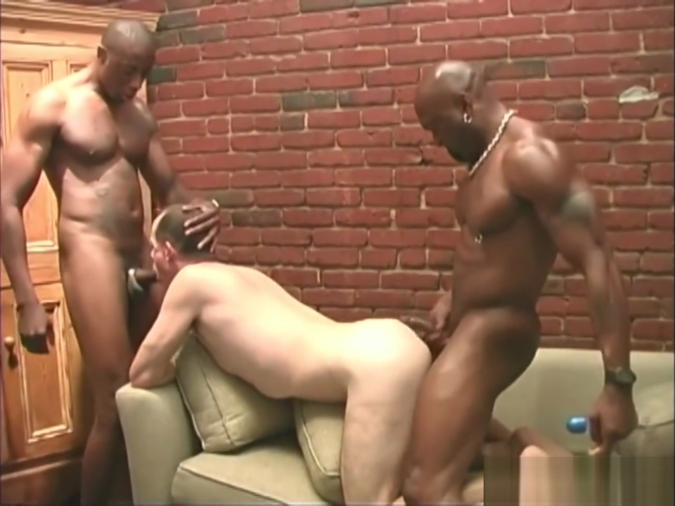 Middle aged white guy getting shared by black men corona asian corruption cutie