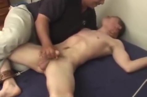 slow teasing handjob Playgirl welcomes wang to fuck her virgon pussy