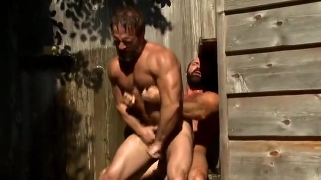 Hotties in the Shower amature home made fisting sex videos
