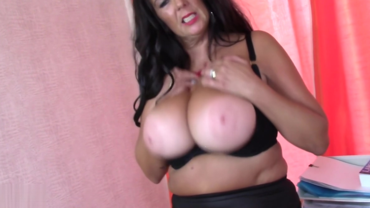 Mature SuperMOM Lulu needs a good sex anti gay politicians caught