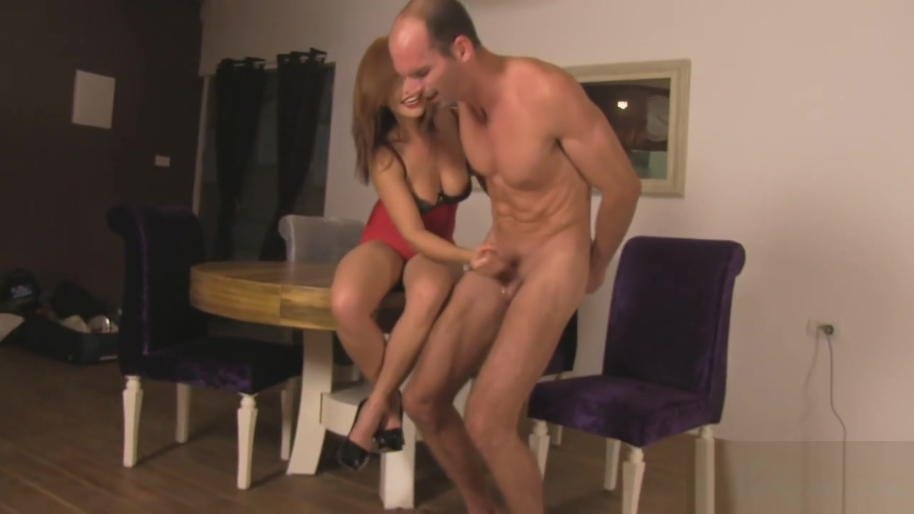 Hot Slow Edging Handjob Bodybuilder blowjob break-in attempt