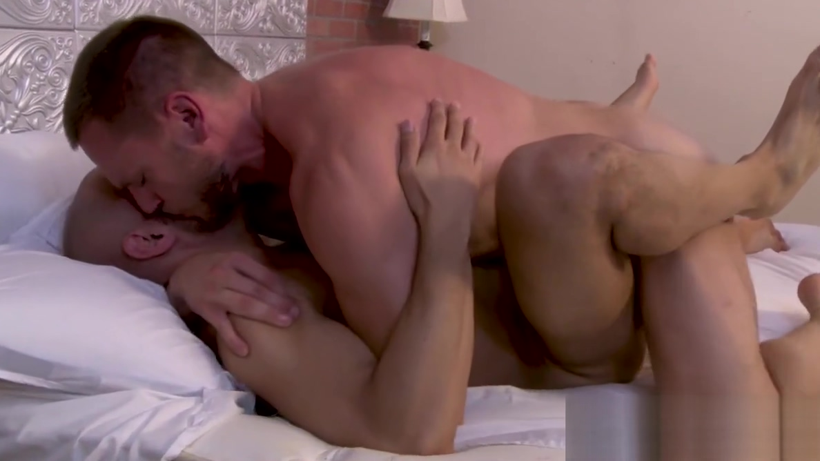 Handosome stud Hans Berlin drills Tony Dazzle from behind Rsvp mobile site