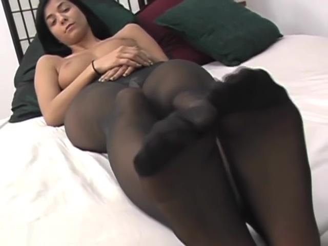 Jess Pantyhose how to use suction dildo