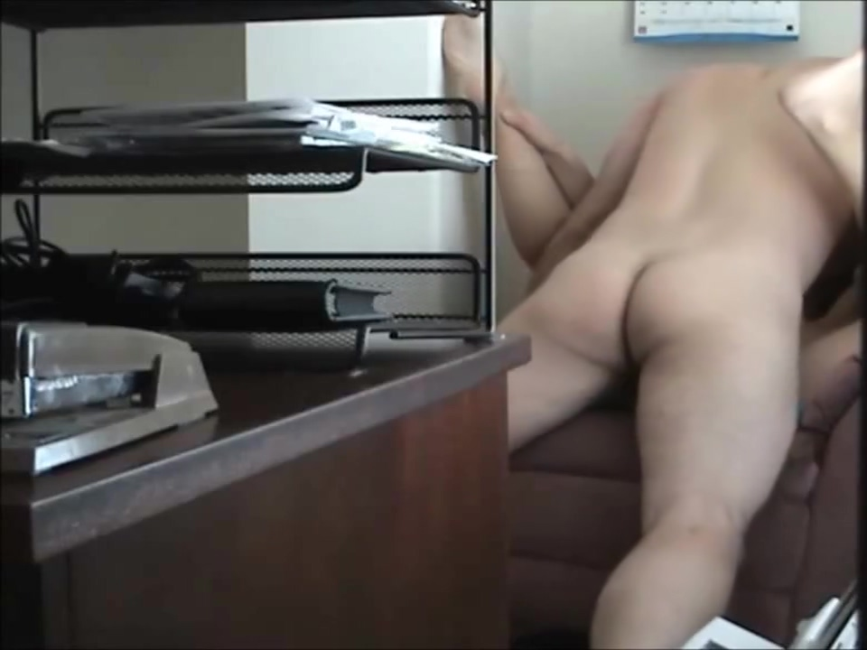 Cheating couple fuck at the office Chicks with huge dicks pics