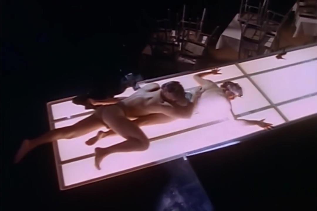 Neith Hunter - Red Shoe Diaries - S01e13 (How I Met My Husband) (1992) Xxx punjabi girls in top and genes
