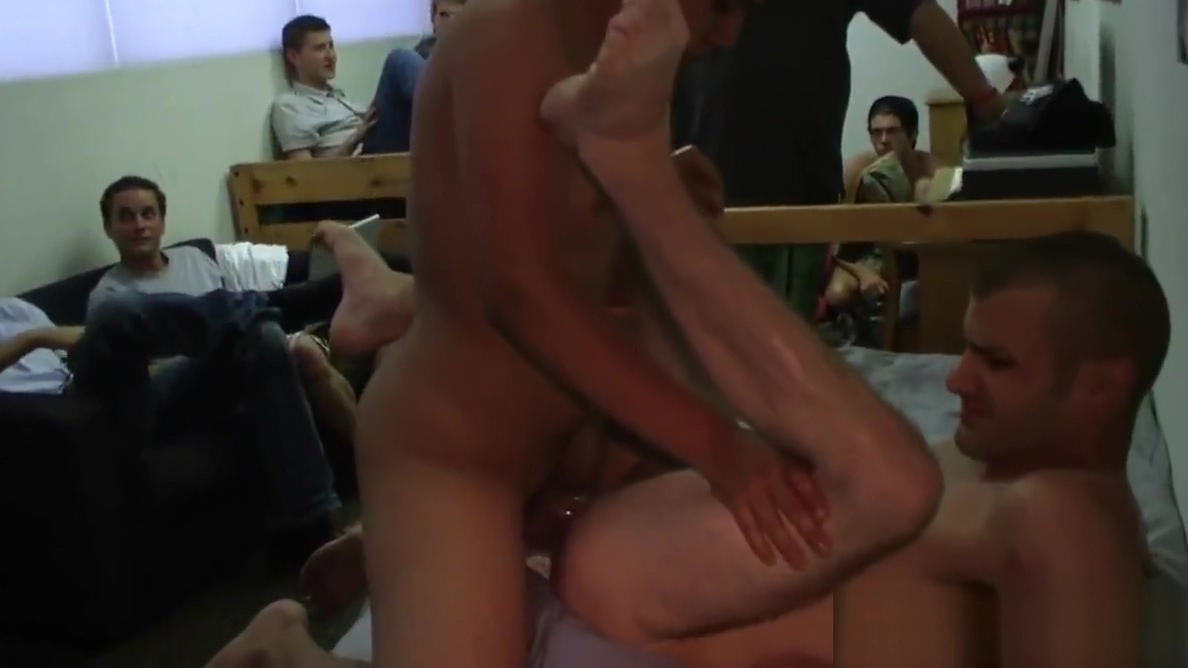 Straighty twinks dicksucking at frat car wash Adultsexcom
