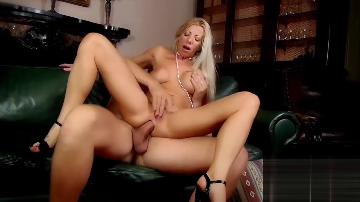 italian politic man fucking his secretaries Free Teen Slut Videos