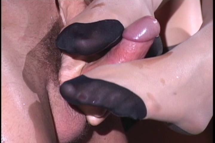 nylon footjob mature woman naked fucking