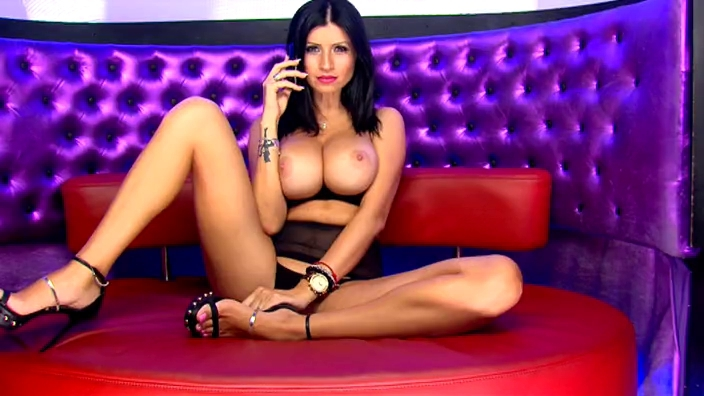 Lilly Roma in the Studio 69 Lounge Pakistani shemale