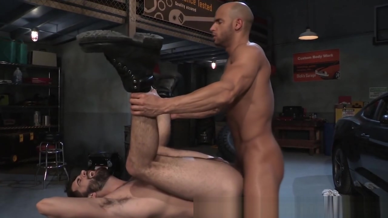 RagingStallion Muscular Sean Zevran Slams Mechanic Kik first date sex