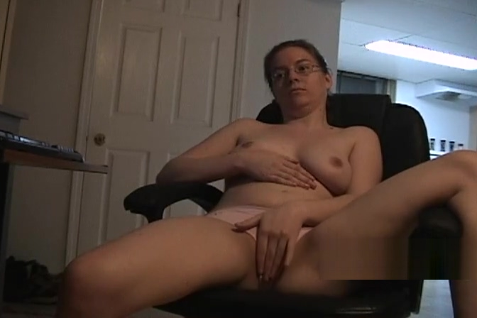 Geeky glasses girlfriend keeps her panties on to masturbate Adobe after effects cs4 cc light sweep