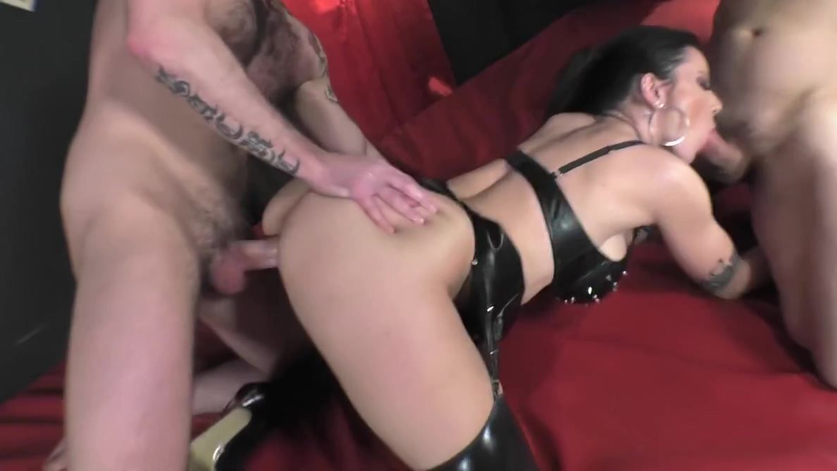 The sinful Amandha Fox Cuckold Wifes First Bbc