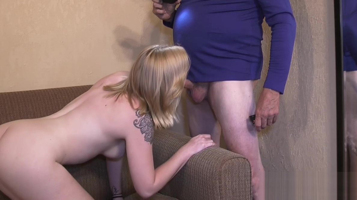 College cutie Nicky Lynn porn audition with creampie mom sucking dick porn