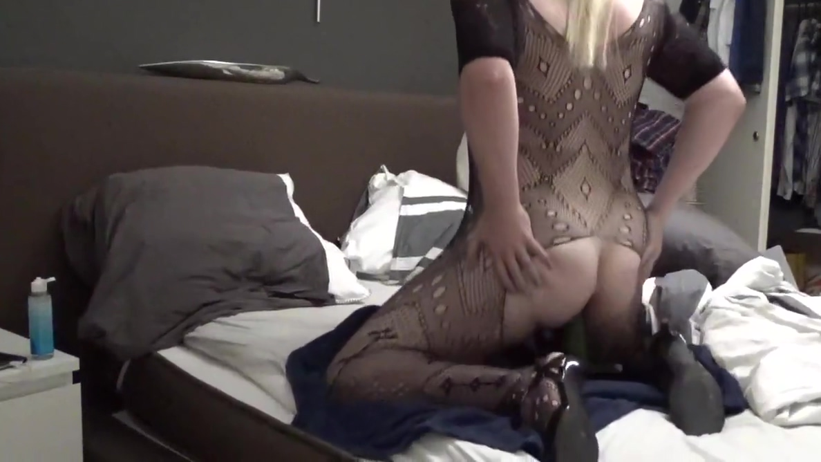 NL new Cd looking for friends Two Busty Latina Teens Shows Off On Webcam