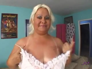 Natural BBW girls showing panties videos