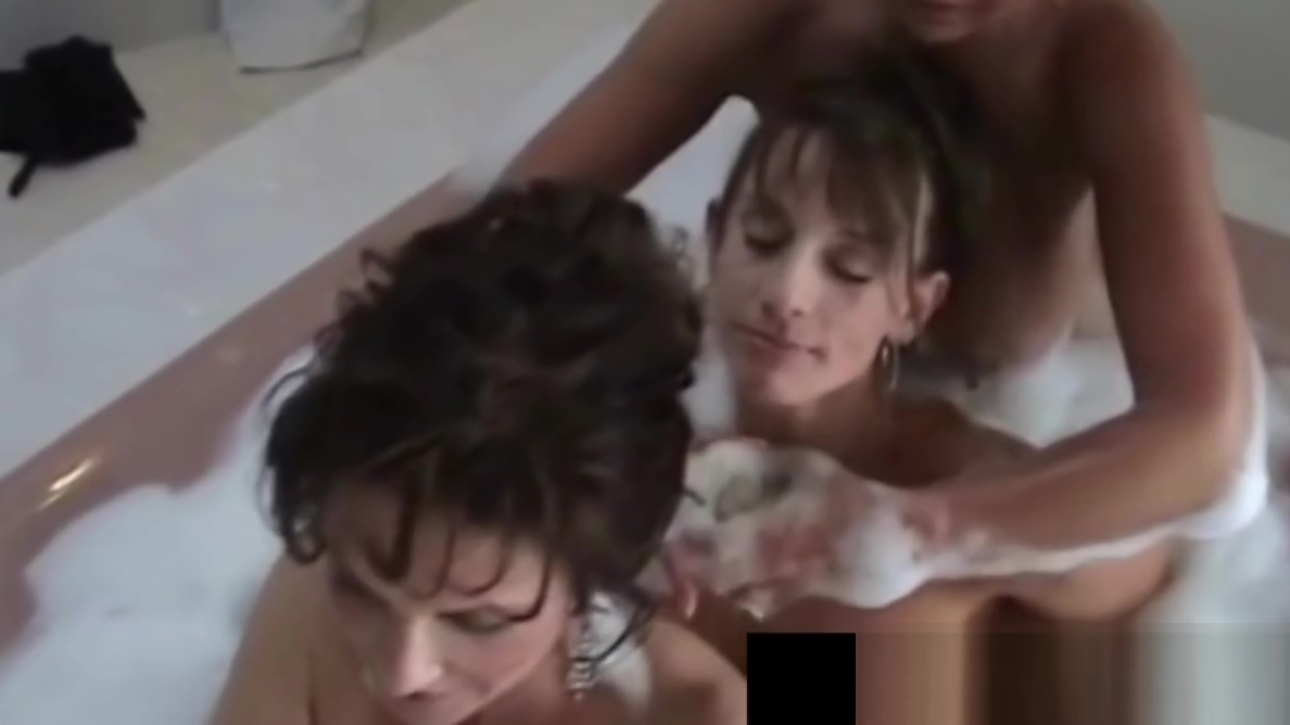 Busty Cougar Deauxma & Hot Horny Milfs in Bubble Bath 3 Way! Breast implant issues