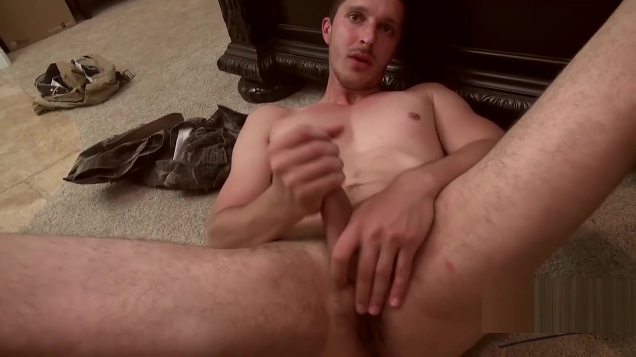 Jarrod King Gets Nailed Bareback screw driver up ass while masturbating