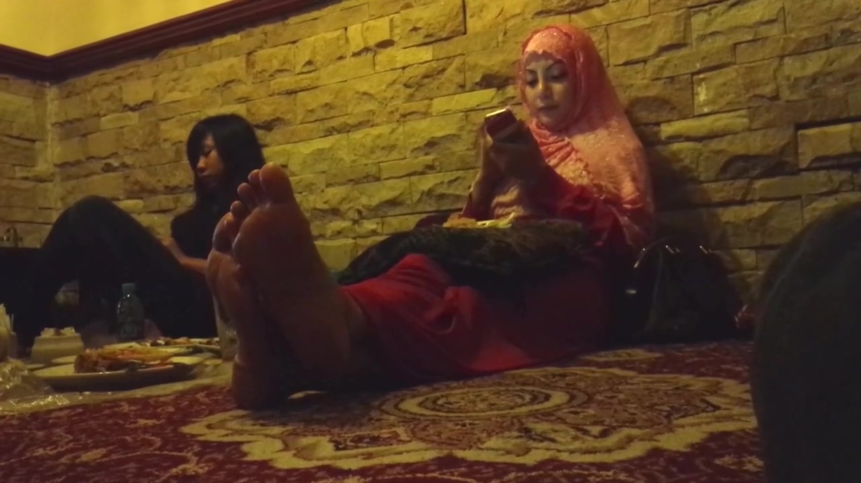 Candid Moms Feet in Restaurant - PART I Position for having sex in marriage