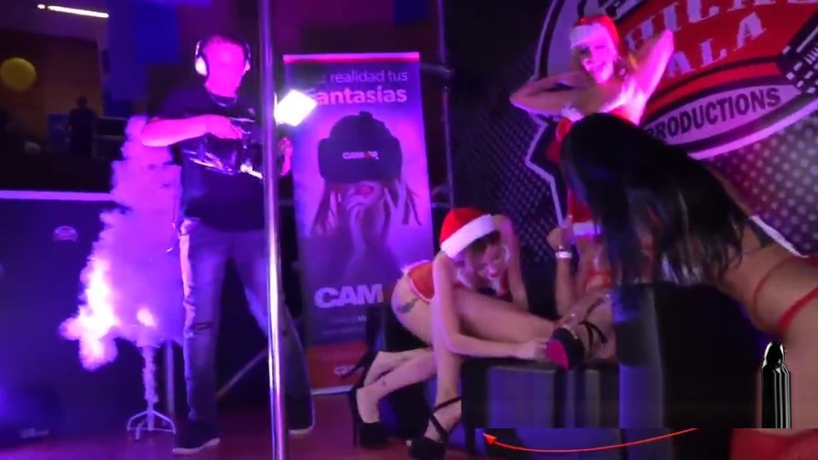 Show navideno de las Chicas Bala en SEB 2017 tonya harding sex tape xxx 1
