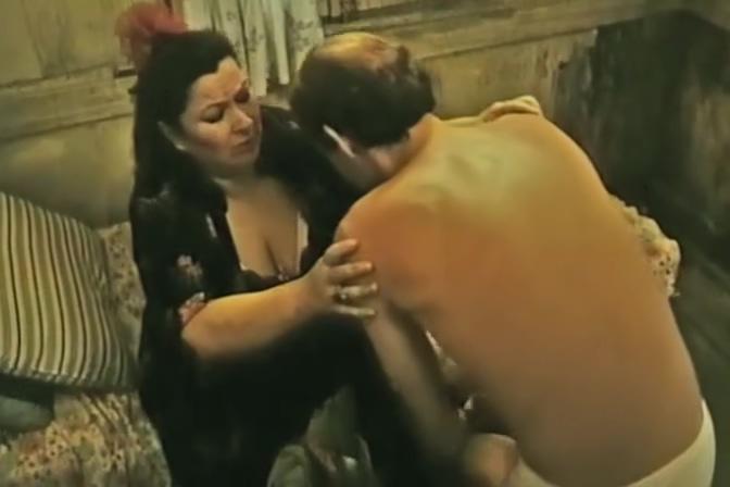 Sumru Yavrucak Milf swinger sex